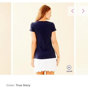 Lilly Pulitzer Tops - Lilly Pulitzer navy T-shirt Large